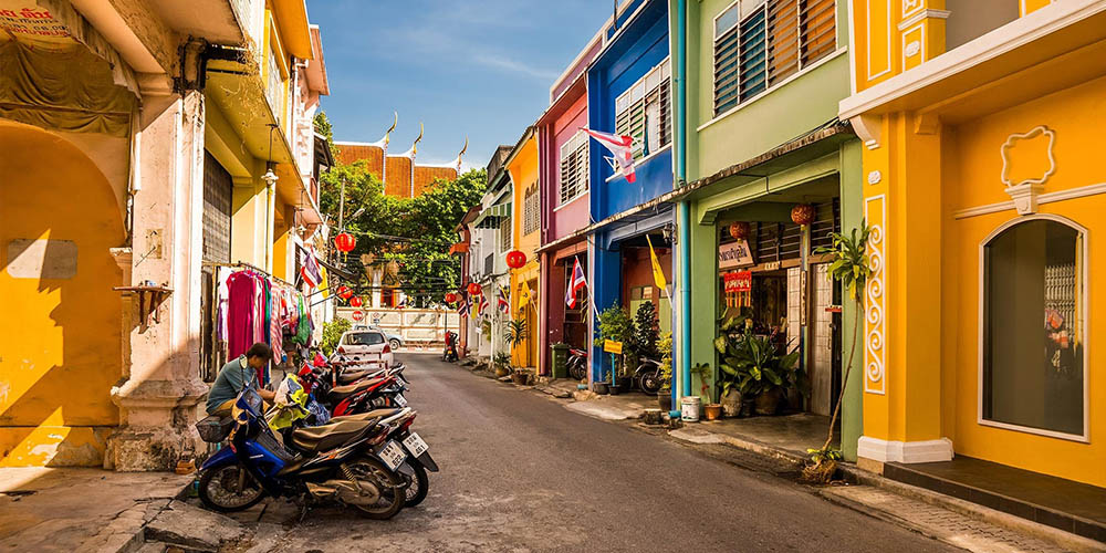 Colorful shophouses in Soi Romanee