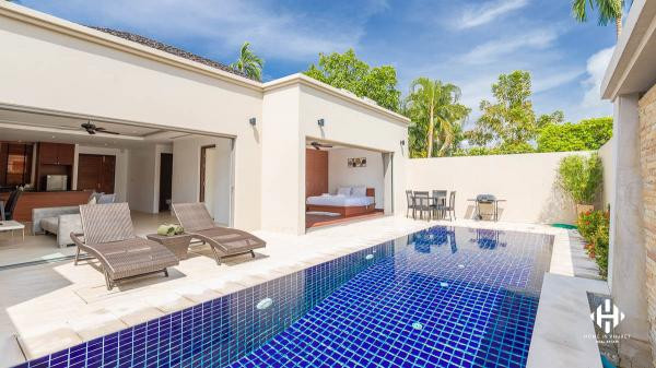 Boutique 2-Bed Pool Villa in Bangtao
