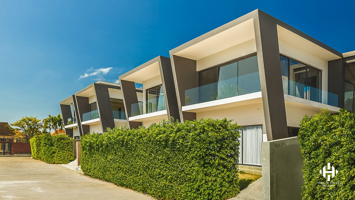 Semi-detached 2-Bed Townhomes in Chalong