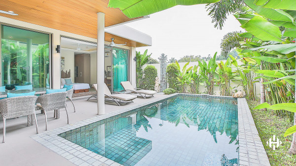 The unique style 2 storey 3 bedrooms villas in Rawai