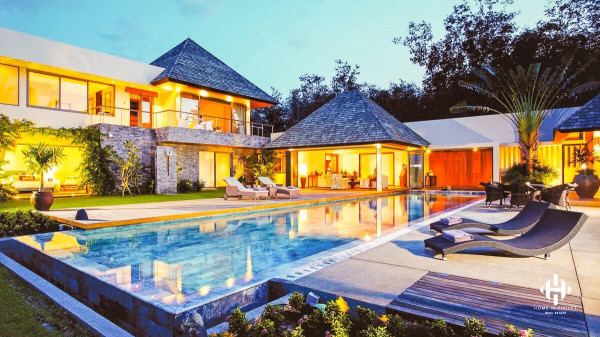 Luxurious and Modern Villas near Cherng Talay