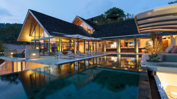 Simply Stunning Sea View Villa near Patong