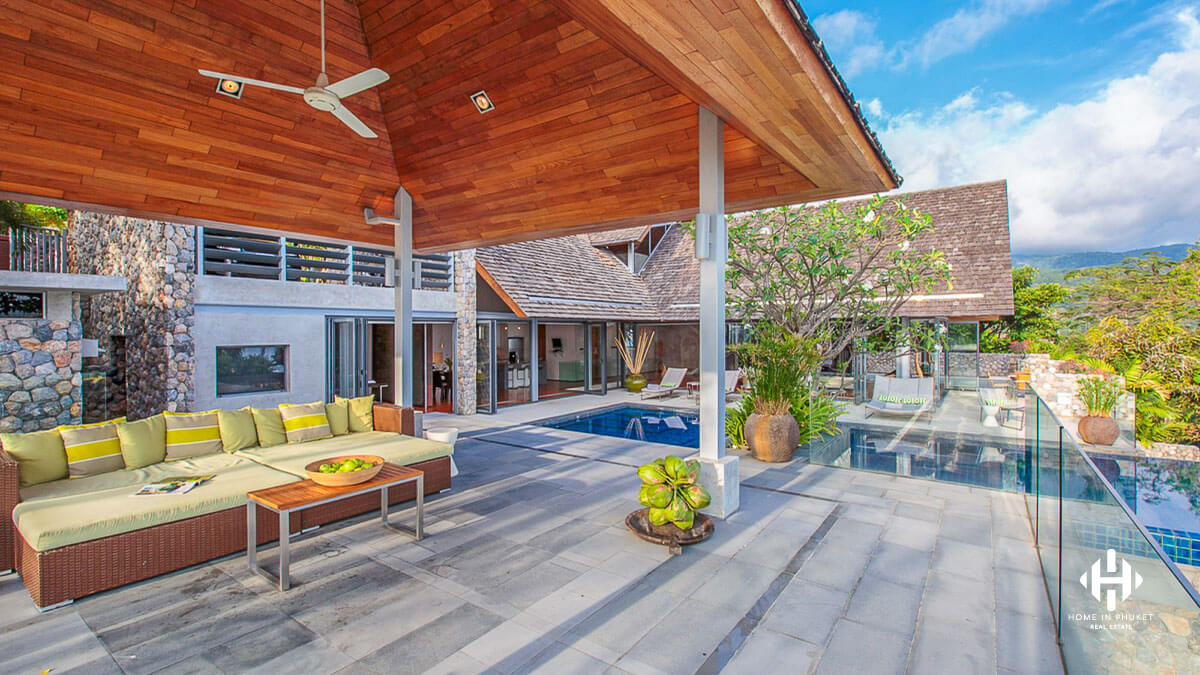 Modern 4 Bedroom Villa With Superb Sea View