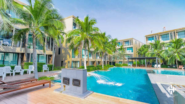 Beachfront Condo in Panwa Beach