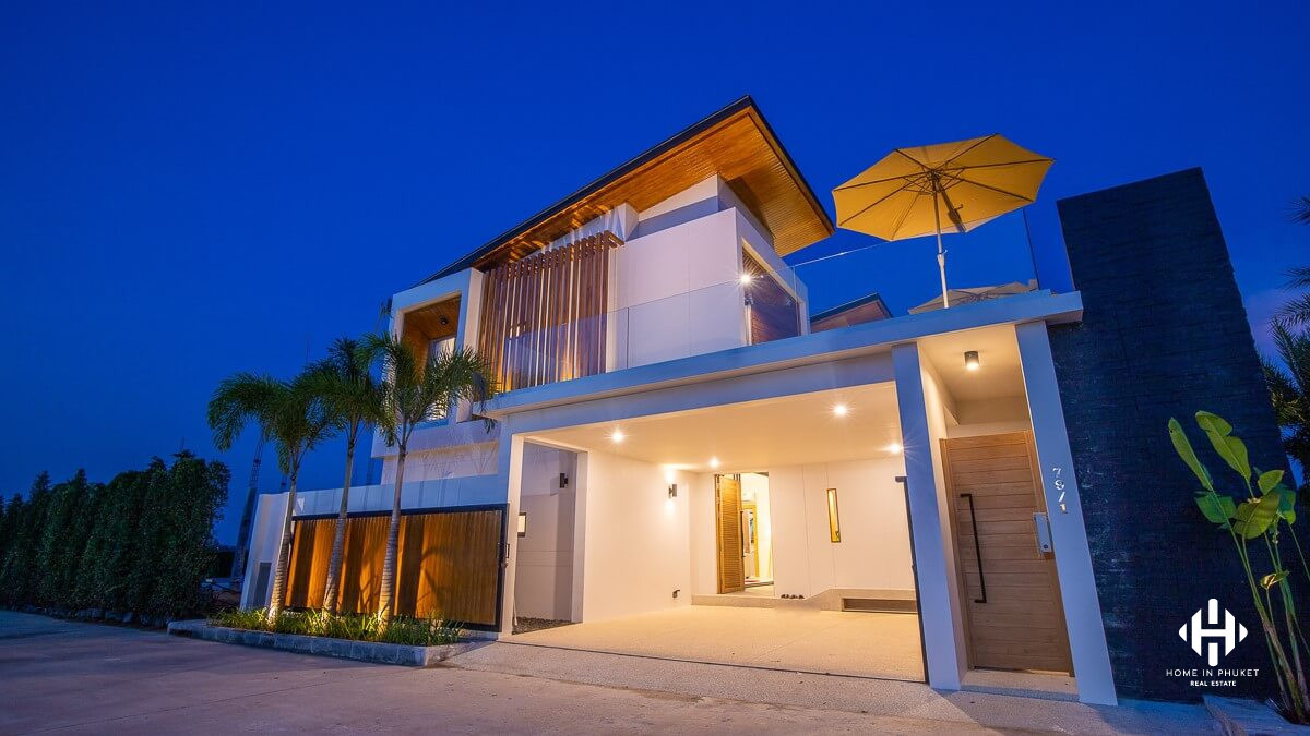 Astonishing 3 Beds Pool Villa in Cherngtalay