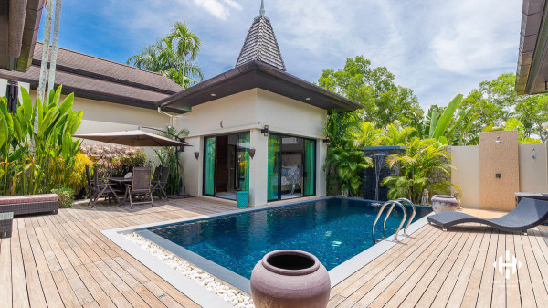 Tropical 3-Bed Villa in Layan