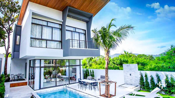 Contemporary 3-bed Villas in Rawai