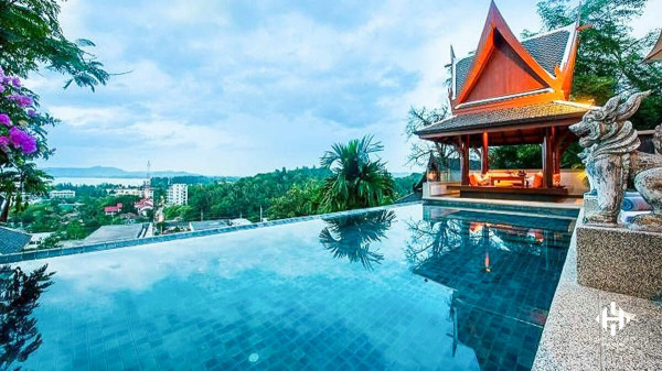 Luxurious Thai-style villa near Surin Beach