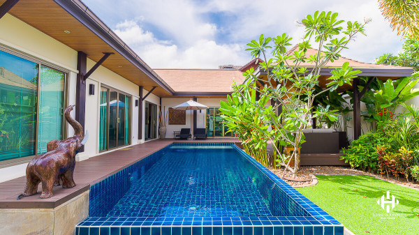 Spotless 3 Beds Tropical Villa in Nai Harn