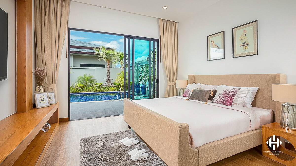 Tranquil Pool Villas near Layan beach