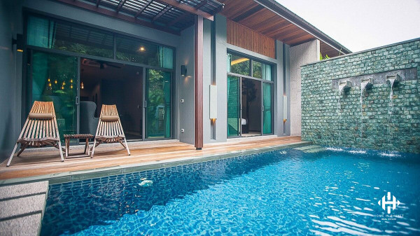 Modern 2-Bed Pool Villa in Rawai