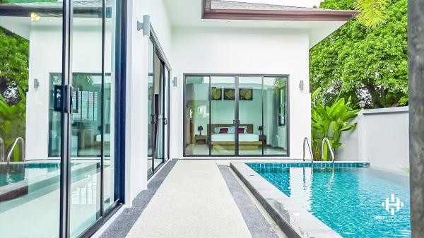 Spacious Modern Pool Villa in Rawai