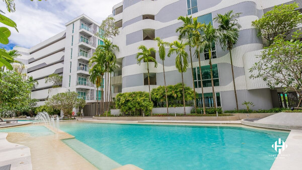 1-Bedroom Condo in Phuket Town