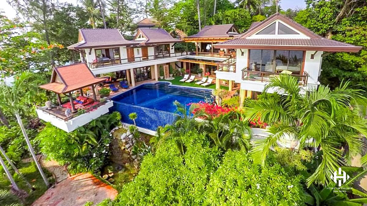 Oceanfront 4-Bed Pool Villa in Kata