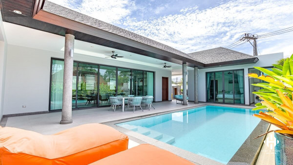 Modern Pool Villa 3Beds in Cherngtalay