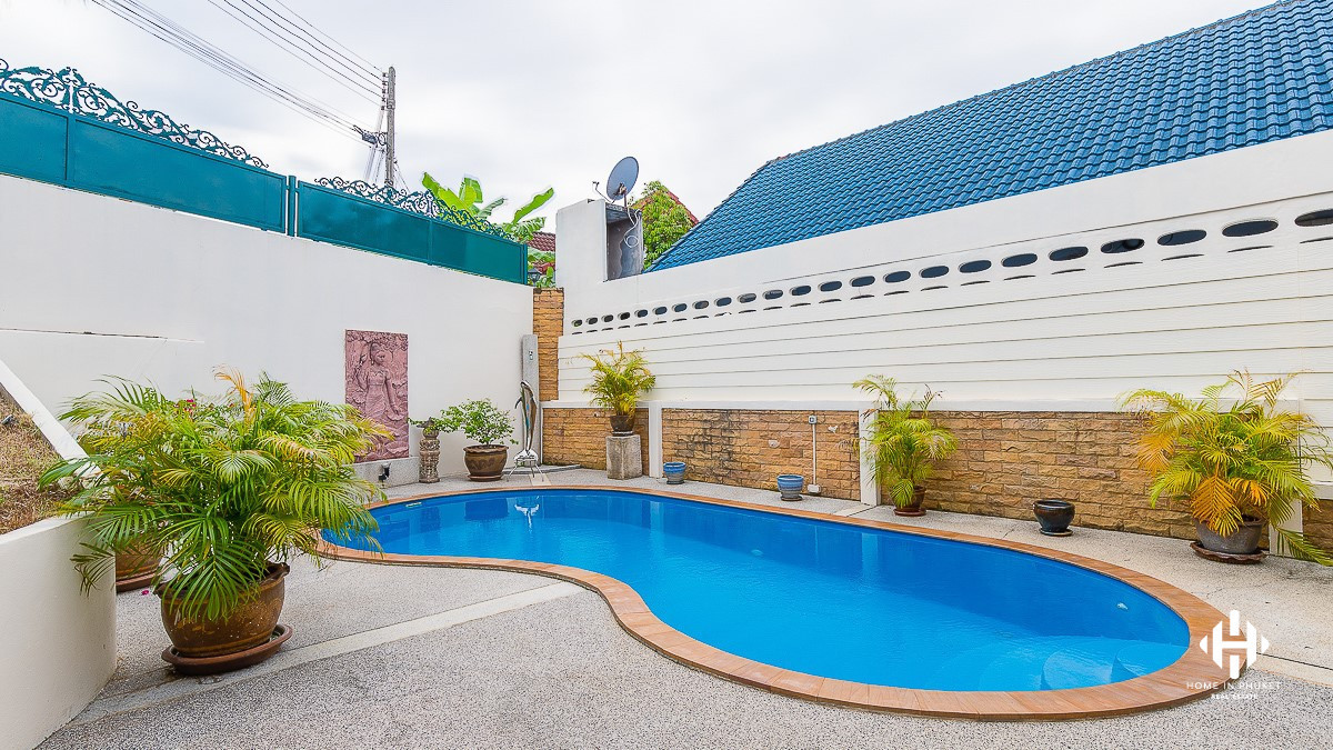 3-Bed House with Private Pool in Kathu