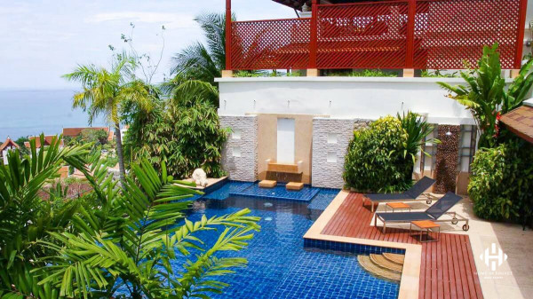 Thai 5 Beds Pool Villa on Patong Hill
