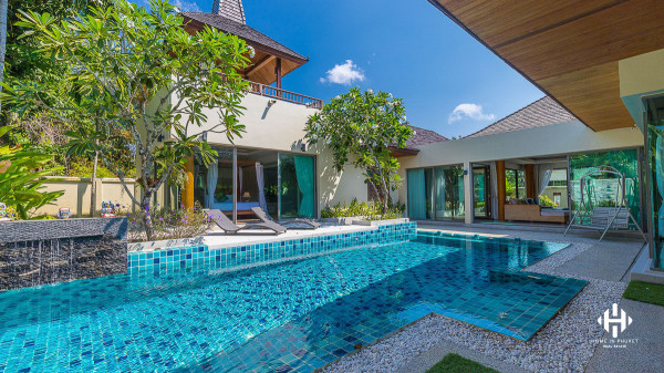 Thai Balinese 3 bedrooms villa in Layan