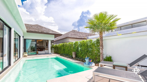 Gorgeous 3 Bed Villas near Layan Beach