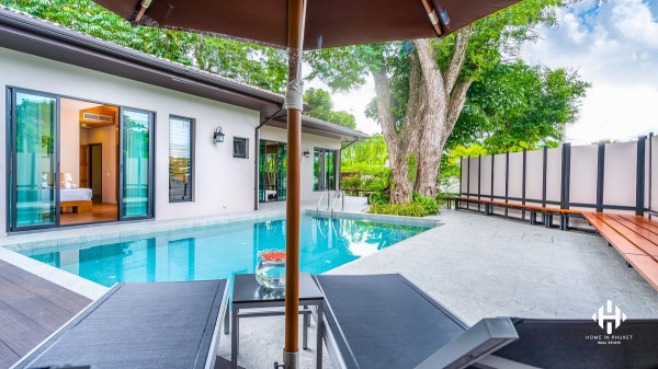 Thai-Contemporary Pool Villa at Naiharn