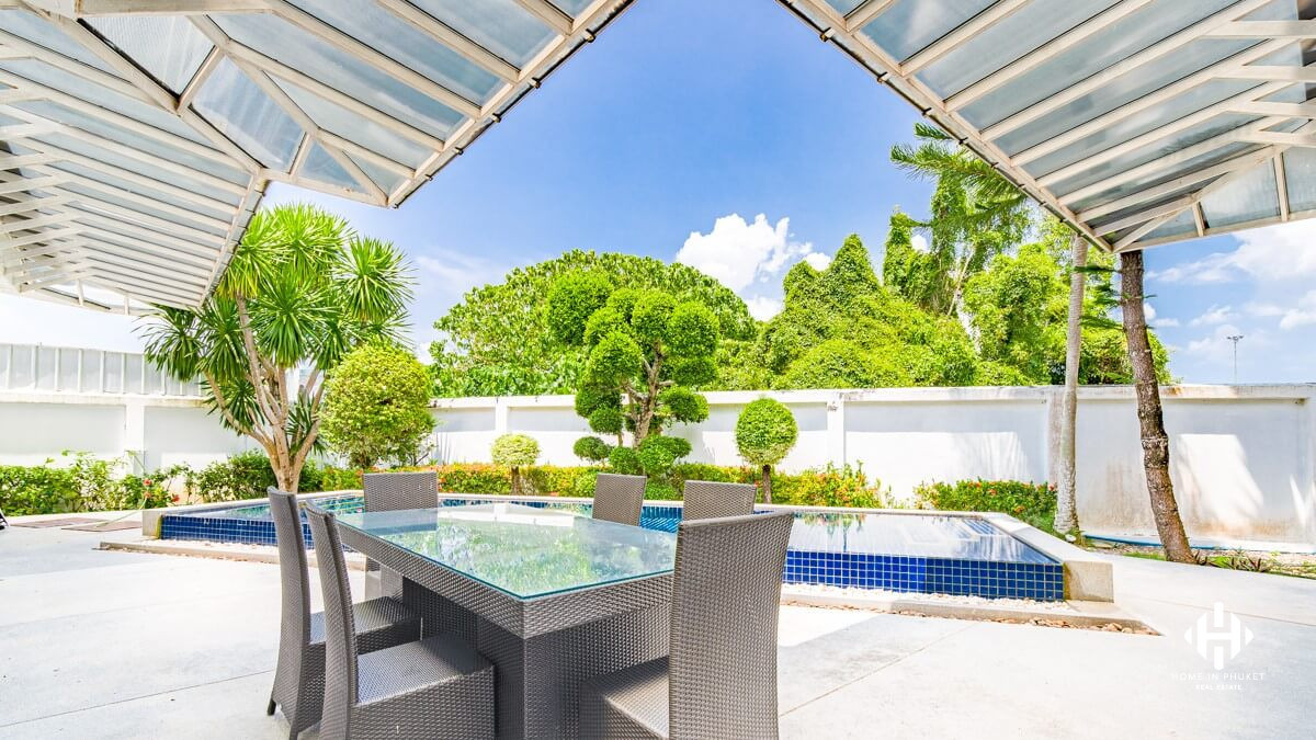 Modern 2-Bedroom Pool Villa at Layan